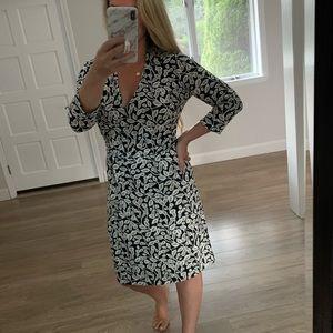 Loft printed wrap dress NWT 10P